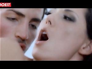Spanish porn industry star stunner Alexa Tomas gets cum in throat