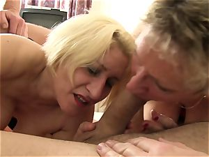 xxxOmas - Gruppensex mit Ehefrauen - german porn