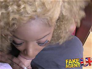 FakeAgentUK brilliant culo and breasts black dame