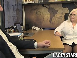 LACEYSTARR - GILF tongues Pascal white jizz after romp