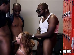 educator Britney Amber gets a private blowbang with BBCs