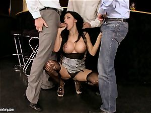 Aletta Ocean gangbang as she faceholes a kinky gang