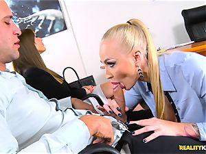 horny Kayla Green wraps her gullet around stiff pecker