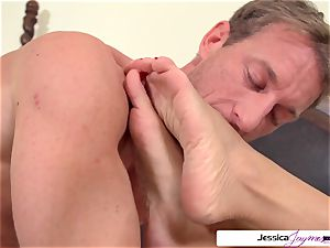 Jessica Jaymes is well-prepped and mischievous to get plowed by Ryan