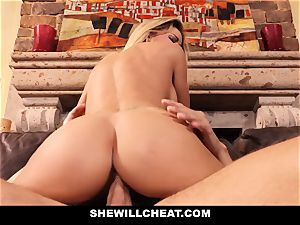 cuckold hubby witnesses Wifes muff Get demolished