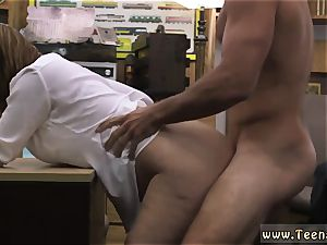 drool deep throat Foxy business gal Gets romped!