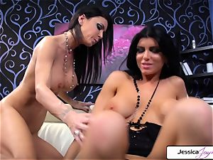 Jessica Jaymes likes to poke Romi Rain edible twat