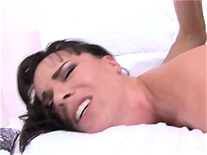 Dana gets her culo nailed by Owen's ample spunk-pump