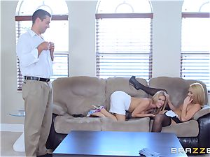 Alexis Fawx and Abby Cross pummeled by hung spanish meatpipe