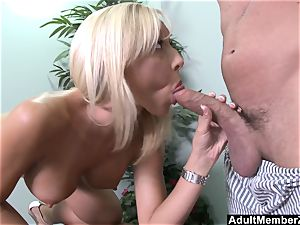 yam-sized titted Jessica Lynn Gets Deep plow