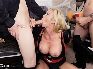 shag Confessions Alexis gives stepson a Halloween treat