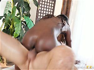 Kerian Lee slams his oiled man-meat into scorching dark-hued stunner Ana Foxxx