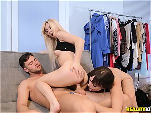 Lexi Luna and Kenzie Reeves having a scorching three-way