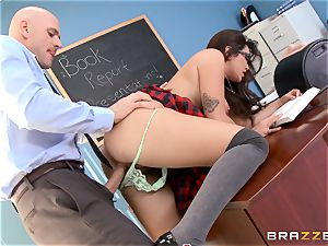 Top student Karlee Grey gives presentation on a sybian