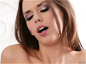 Sara Luv tricks Madi into penetrating her