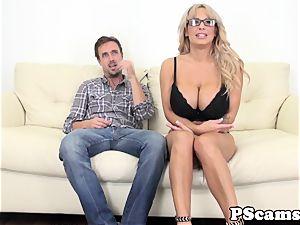thick titted webcam babe Alyssa Lynn cumswallows