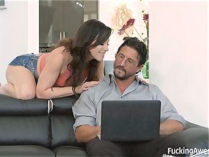 Jennifer white wants her step-dads pecker